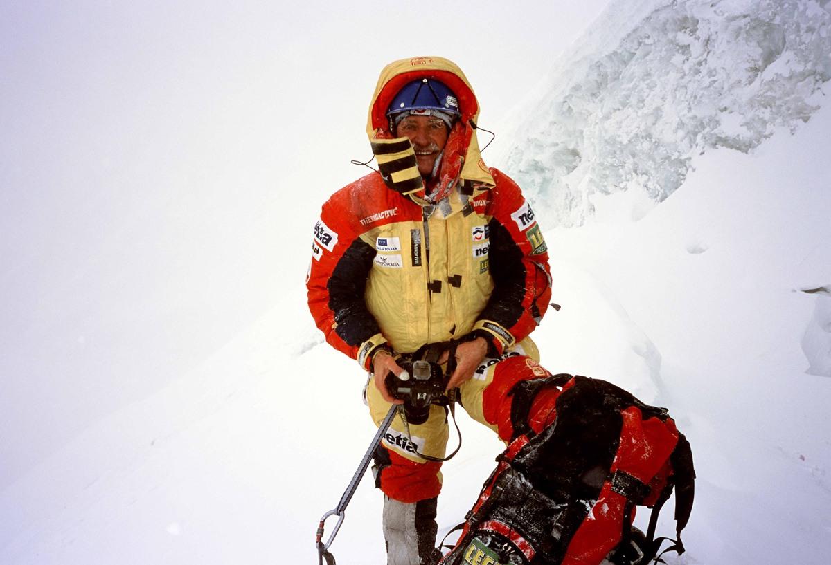 Krzysztof Wielicki K2 winter expedition 2002/2003
